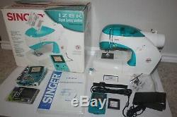 NINTENDO GAME BOY COLOR (SINGER IZEK 1500 Sewing Machine) Complete in BOX