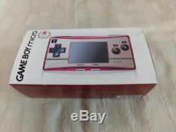 Micro-console Nintendo Gameboy Z5480 Adaptateur Famicom Couleur Japon Avec Pochette