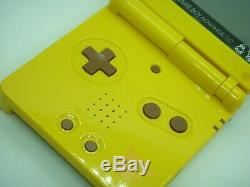 Nintendo Game Boy Advance Sp Console Pokemon Centre Pikachu Couleur Limitée