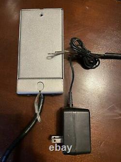 Nintendo Game Boy Color Kiosk Store Display Bracket Holder Gameboy Très Rare